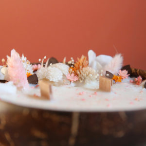 bougie fleurie fleurs sechees noix de coco origine atelier floral