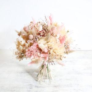 bouquet-de-mariée-fleurs-séchées-origine-atelier-floral-mariage-rose-poudré