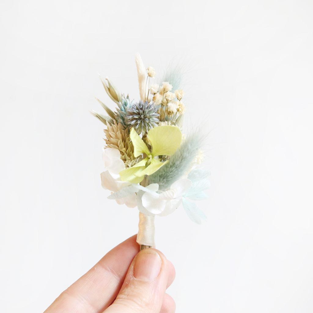 boutonnière-de-mariée-origine-atelier-floral-mariage-couleur-pastel