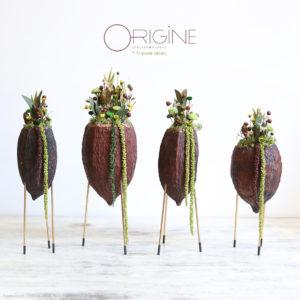 tripode-cacao-cabosse-de-cacao-fleurs-séchées-lichen-stabilisé-origine-atelier-floral-B