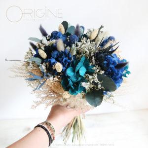 mariage-fleurs-séchées-stabilisées-bleu-marine-et-bleu-canard-Origine-atelier-floral